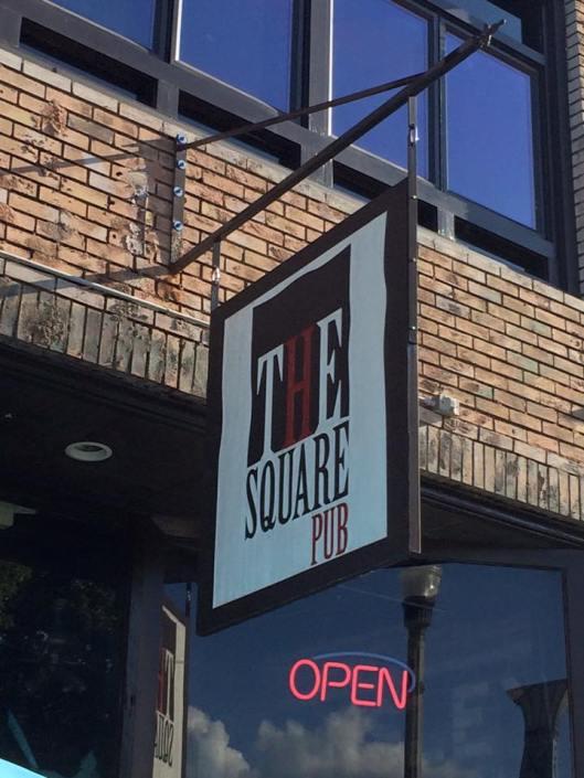 Square Pub 2
